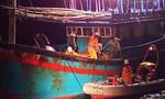Trắng đêm vượt biển cứu thuyền viên ở Hoàng Sa