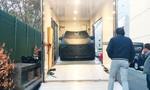 Hai chiếc xe VinFast cập bến sân khấu lớn Paris Motorshow 2018