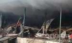 Cháy đại lý chứa 200 tấn thanh long ở Bình Thuận