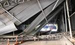 Hầm Thủ Thiêm bị phong tỏa vì xe tải kéo sập mái che