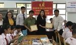 Tặng sách và máy tính cho Trường THCS Lê Quang Thẩm