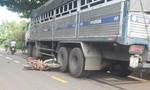 Một phụ nữ tử vong thương tâm khi xe tải tông xe máy chạy cùng chiều