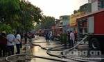 Hơn trăm Cảnh sát chữa cháy quán bar lớn ở Sài Gòn lúc rạng sáng