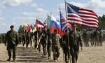 """NATO sắp tập trận """"lớn nhất lịch sử"""" sát biên giới Nga"""