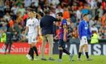Hòa Valencia, Barcelona mất ngôi đầu bảng