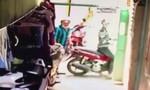 Thanh niên bẻ khóa trộm xe trong 20 giây