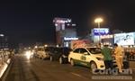 Năm ô tô tai nạn liên hoàn trên cầu vượt ngã tư Hàng Xanh