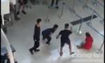 Nhóm thanh niên đánh nhân viên hàng không ngay tại sân bay