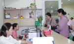 Giáo viên ở Sài Gòn được bác sĩ quân y tầm soát ung thư miễn phí
