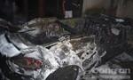 Xế xịn Audi bị thiêu rụi trong đêm