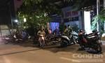 Nghi án nhóm người cầm vật giống súng xông vào khách sạn ở Sài Gòn cướp tài sản