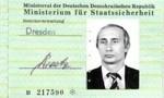 Tìm thấy tấm thẻ của ông Putin lúc còn hoạt động tại Đức