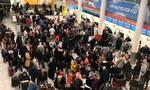 Sân bay Anh tê liệt vì phát hiện có drone xâm nhập