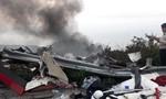 Hai xe bồn chở xăng tông nhau trên đèo Hải Vân rồi bốc cháy, tài xế tử vong