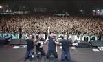 Clip sóng thần ở Indonesia cuốn trôi cả ban nhạc lẫn khán giả