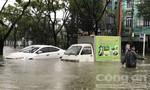 """Cơn """"đại hồng thủy"""" quét qua Đà Nẵng, nhiều ô tô chìm trong biển nước"""