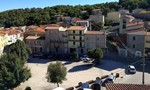 Thị trấn ở Ý rao bán 200 căn nhà với giá chỉ hơn 1 USD