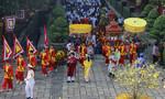 Hàng ngàn người TP.HCM dâng bánh tét cúng vua Hùng