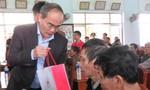 Bí thư Thành ủy TP.HCM Nguyễn Thiện Nhân thăm, chúc tết bà con Phú Yên