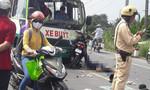 Xe máy lấn trái, 2 người tử vong tại chỗ