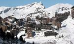 Một cậu bé chết vì rơi xuống vách đá khi đi trượt tuyết