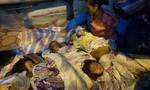 Rớt nước mắt cảnh 5 mẹ con từ Lào về Hà Nội xin quần áo