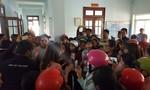 """Hơn 500 giáo viên """"mất việc"""": Chủ tịch huyện 'ký bừa' không thể vô can"""