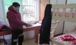 Trộm bị chủ nhà phát hiện vì bệnh... hôi chân