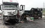 Tai nạn liên hoàn giữa 3 xe tải, 1 người chết, 2 người nguy kịch