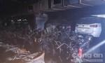 """""""Choáng"""" với bãi giữ xe tầng hầm chung cư cháy rụi"""