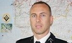Cảnh sát Pháp thế thân cho nữ con tin đã hi sinh