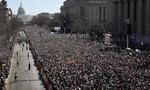 Dân Mỹ cuồn cuộn biểu tình chống súng đạn