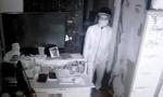 Camera lật mặt gã tài xế trộm tiền của sếp
