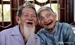 Cặp vợ chồng già trồng rau ở Hội An lên báo Singapore