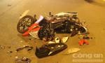Chạy ẩu, 1 người nguy kịch, 2 xe máy vỡ nát