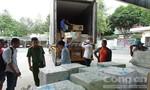 Bắt hai xe container chở hàng nhập lậu từ Trung Quốc
