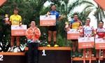 Chặng 23 giải xe đạp: Lê Nguyệt Minh giữ vững áo xanh