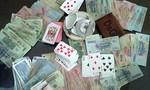 Bắt quả tang Phó Chủ tịch xã đánh bạc