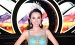 Hoa hậu Châu Ngọc Bích đội vương miện khoe nhan sắc