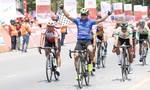 Chặng 7 giải xe đạp cúp Truyền hình: Huỳnh Thanh Tùng tiếp tục giữ áo vàng