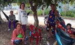 """""""Cười ra nước mắt"""" chuyện xây nhà đền bù cho hộ nghèo ở An Giang"""
