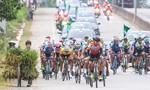 Chặng 11 giải xe đạp: Nguyễn Thành Tâm khẳng định sức mạnh
