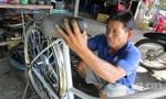 Người sửa xe già tặng gần 70 xe đạp cho học sinh nghèo