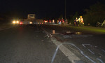 Hai xe máy va chạm, một thanh niên bị xe đầu kéo cán tử vong