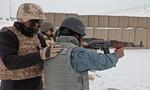 Afghanistan chê súng Mỹ không bằng 'huyền thoại' AK-47