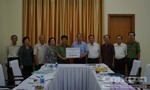 """CLB Hưu trí Công an TPHCM ủng hộ các """"hiệp sĩ"""" 10.000USD"""