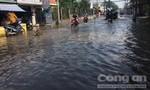Sáng nay nhiều nơi ở Sài Gòn vẫn còn ngập nặng