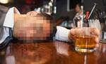 """Người nước ngoài nghi bị """"gái lạ"""" đánh thuốc mê cướp 270 triệu đồng"""
