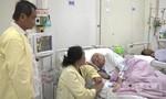 Cứu sống cụ bà gần 100 tuổi bị nhiễm trùng máu
