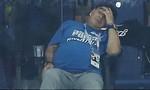 Maradona ôm đầu, HLV Sampaoli cầu xin sự tha thứ